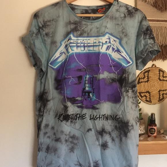 blue   white tie dye METALLICA shirt. M 5b3181c5409c15634a6ed085 98c843f45